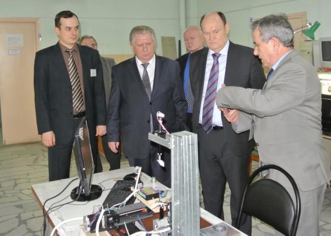Визит губернатора В.К.Бочкарева 22 декабря 2015 (на производстве)