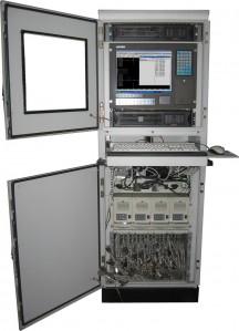 """Фотография системы контроля и диагностики электронных устройств """"Крона-519"""" в открытом виде, для доступа оператора к работе с данными."""