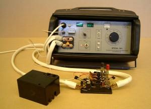 """Устройство для проверки автоматических выключателей на переменном токе """"Крона-601"""" (в ходе работы)"""